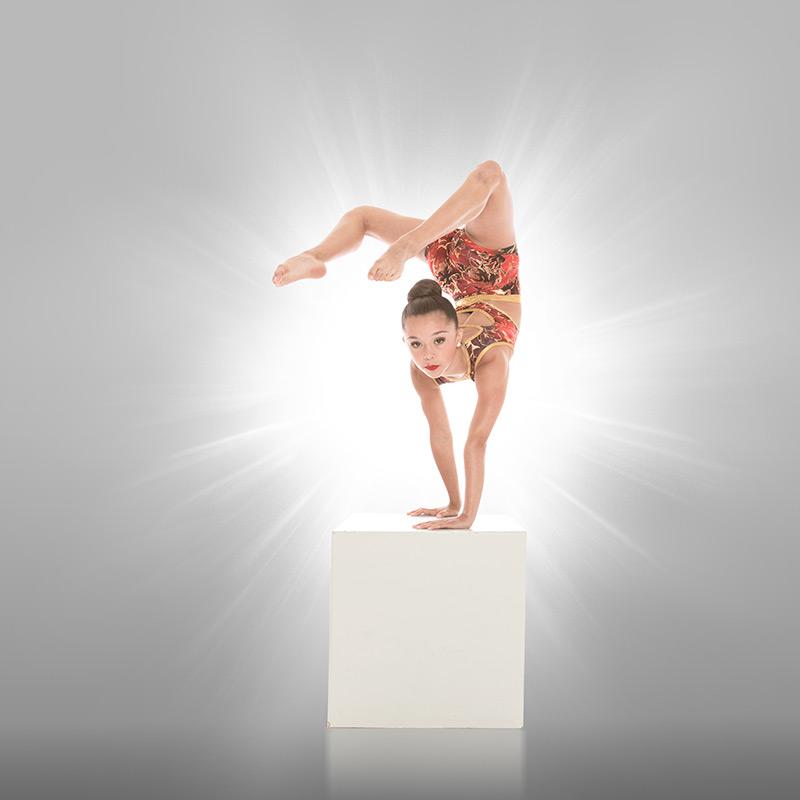 CM-Dance-Acro-Hamilton